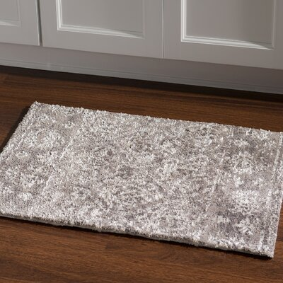 Feliciana�Traditional�Silk Hand-Tufted Gray Polyester Area Rug Rug Size: Rectangle 2 x 3