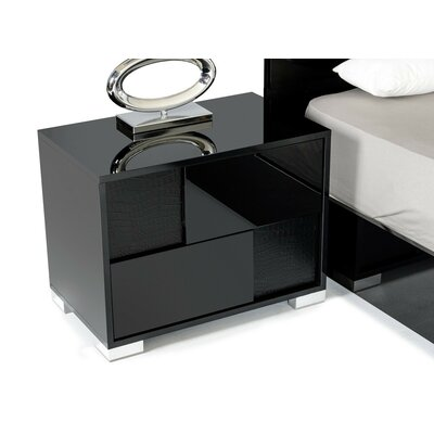 Keene 2 Drawer Nightstand Door Configuration: Left