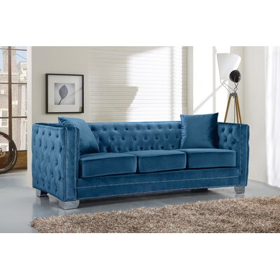Creekside Chesterfield Sofa Upholstery: Light
