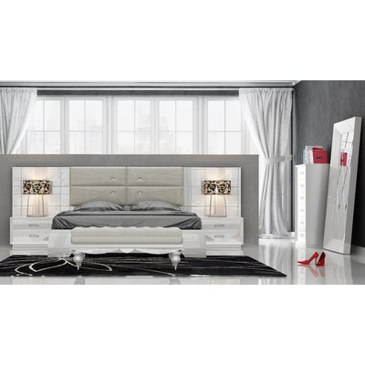 Knorr Panel 5 Piece Bedroom Set Size: Queen
