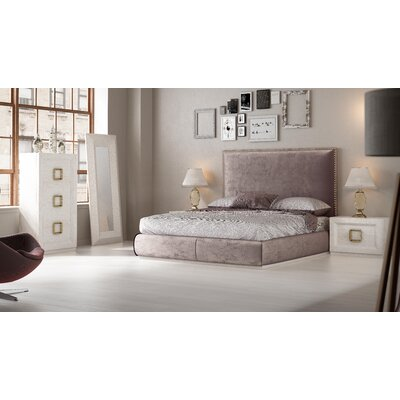 Knorr Panel 5 Piece Bedroom Set Size: King