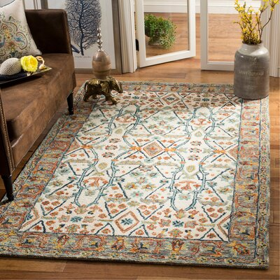 Garvin Hand-Tufted Wool Ivory/Blue Area Rug Rug Size: Rectangle 5 x 8