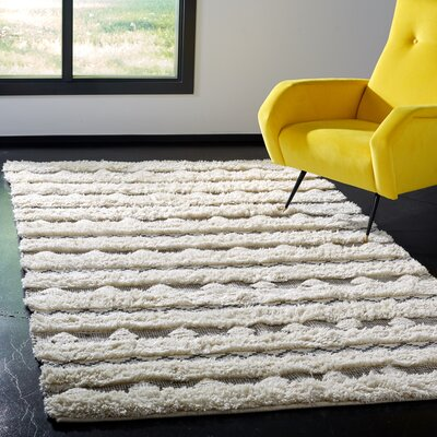 Celia Hand-Woven Wool Ivory/Gray Area Rug Rug Size: Rectangle 4 x 6