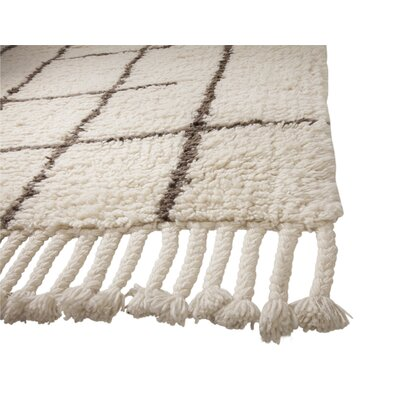 Lisson Hand Woven Wool Off White Area Rug Rug Size: 5 x 8
