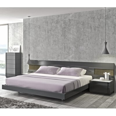 Boyertown Platform Bed Size: King