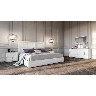 Dority 5 Piece Bedroom Set Size: Queen