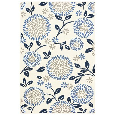 Corine Chrysanthemum Ivory/Blue Indoor/Outdoor Area Rug Rug Size: 67 x 96