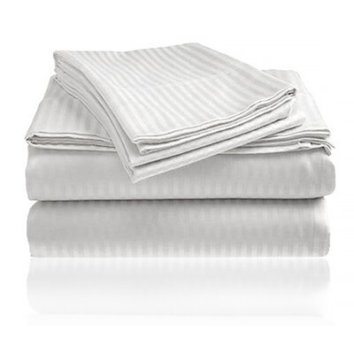 Keeling Burgundy Fitted Sheet Size: Double, Color: White