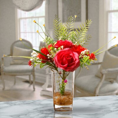 Red Roses in Glass Vase WNPR5950 40810405