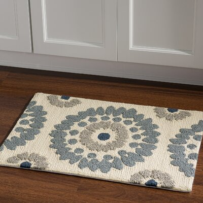 Savanah Hand-Tufted Ivory/Blue Outdoor Area Rug Rug Size: Rectangle 110 x 210