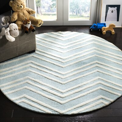 Claro Wave Hand-Tufted Mint/Ivory Area Rug Rug Size: Round 5