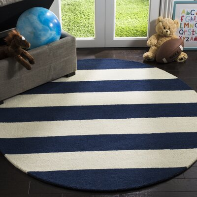 Claro Stripe Hand-Tufted Navy/Ivory Area Rug Rug Size: Round 5