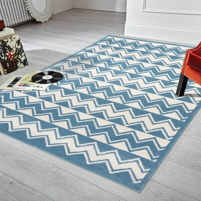 Carlwirtz White/Light Blue Area Rug Rug Size: Rectangle 5 x 7