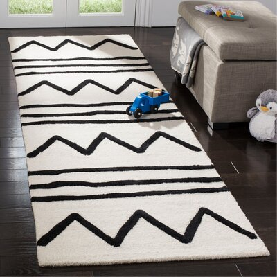 Claro Zigzag Hand-Tufted Ivory/Black Area Rug Rug Size: Runner 26 x 8