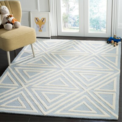 Claro Triangles Hand-Tufted Blue/Ivory Area Rug Rug Size: Rectangle 5 x 7