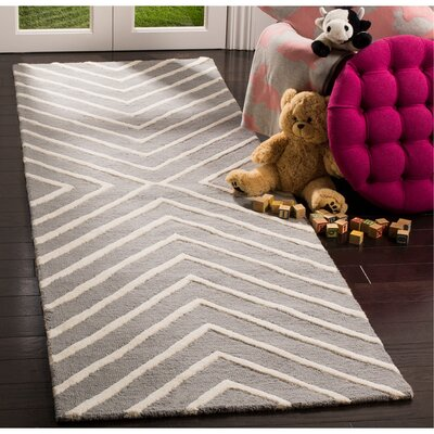 Claro X Pattern H-Tufted Gray Area Rug Rug Size: Runner 26 x 8