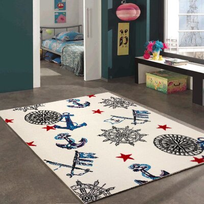 Ashlee Bedroom Decor Area Rug Rug Size: 311 x 53