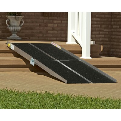 Multifold Ramp Size: 5' L