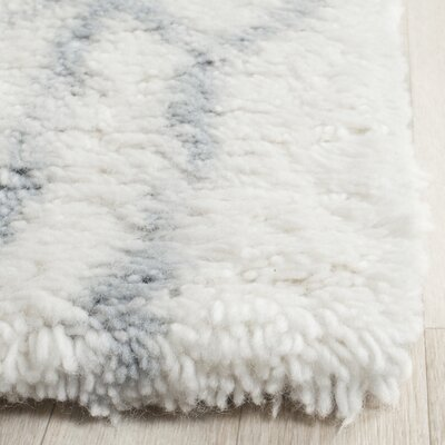 Camacho Hand-Tufted Ivory/Blue Area Rug Rug Size: Rectangle 8 x 10
