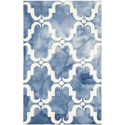 Laguna Hand-Tufted Blue/Ivory Area Rug Rug Size: Rectangle 26 x 4