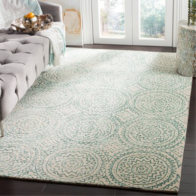 Melinda Hand-Tufted Beige/Green Area Rug Rug Size: Rectangle 5 x 8