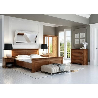 Delilah Queen Platform Customizable Bedroom Set