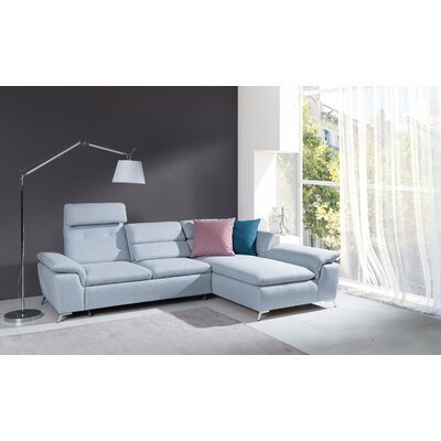 Levering Sleeper Sectional Orientation: Right Hand Facing