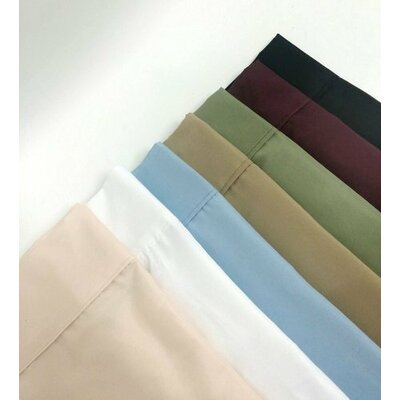 Figaro 1500 Super Soft Wrinkle Resistant Pillow Case Size: Standard, Color: Wine