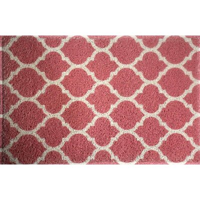 Blueridge Quatrefoil Doormat Color: Coral