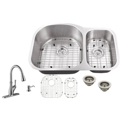 18 Gauge Stainless Steel 31.5 x 20.5 Double Basin Undermount Kitchen Sink with Gooseneck Faucet