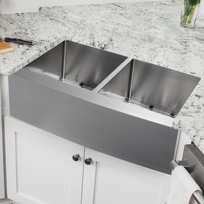 16 Gauge Stainless Steel 32.88 x 20.75 Double Basin Farmhouse/Apron Kitchen Sink with Gooseneck Faucet