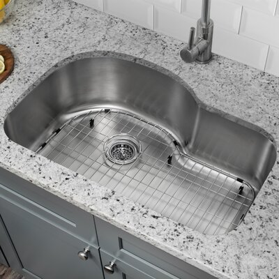 18 Gauge Stainless Steel 31.5 x 21.13 Undermount Kitchen Sink with Grid Set and Drain Assembly