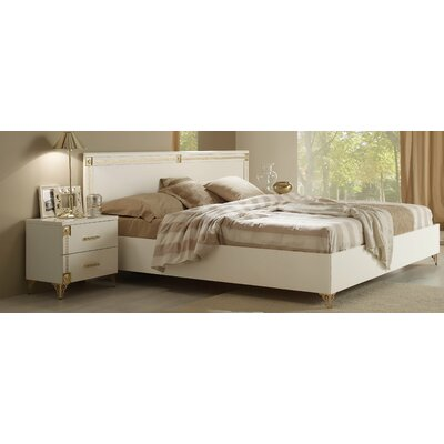 Alpha Platform Bed Size: King