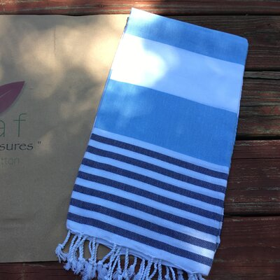 Pestemal Turkish Beach Towel Color: Navy