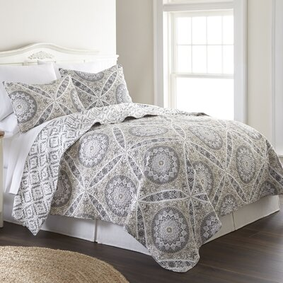 Fitzhugh Cotton Reversible Quilt Set Size: King