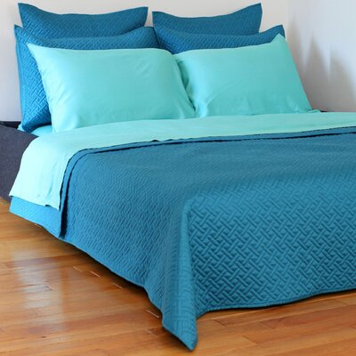 Lapointe Coverlet Size: King, Color: Mosaic Blue
