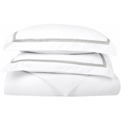 Garrick Reversible Duvet Set Size: Full / Queen, Color: White/Gray