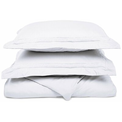 Garrick Embroidered Reversible Duvet Soft Set Size: King / California King, Color: White