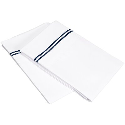 Garrick Pillowcase Size: King, Color: White/Navy Blue