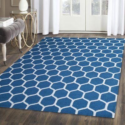 Dewar Hand-Tufted Blue/White Area Rug