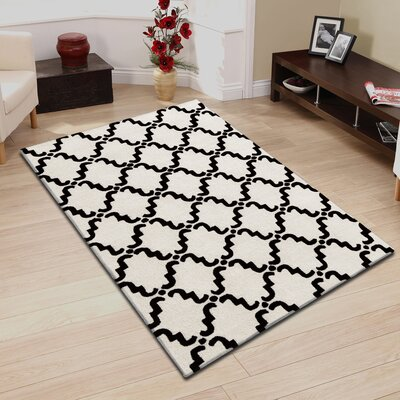 Anniston Hand-Hooked Black/Ivory Area Rug