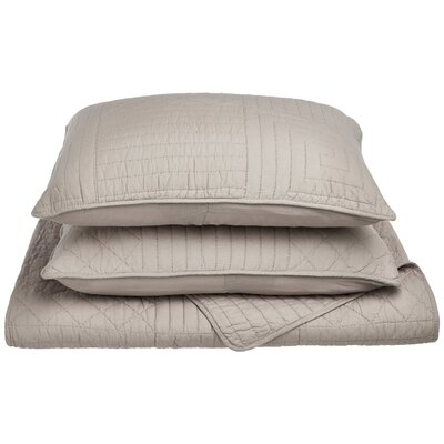 Connor Reversible Quilt Set Color: Grey, Size: King