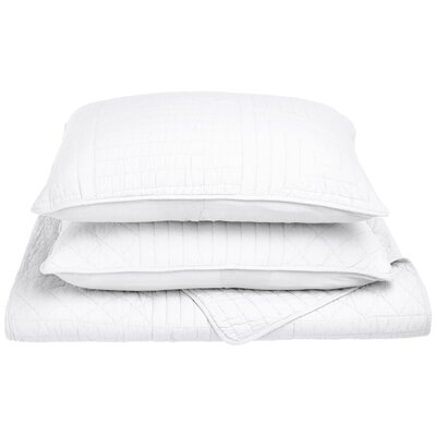 Connor Reversible Quilt Set Size: Full/Queen, Color: White