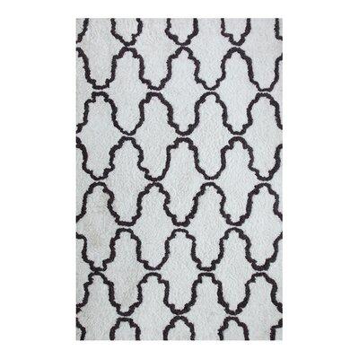 Superior Trellis Hand-Woven White/Gray Area Rug Rug Size: 5 x 8