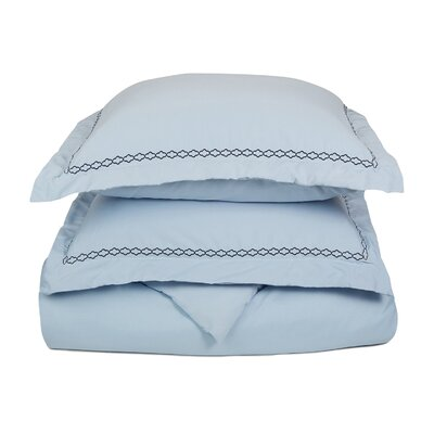 Garrick Embroidered Reversible Soft Duvet Set Size: Full / Queen, Color: Light Blue/Navy Blue