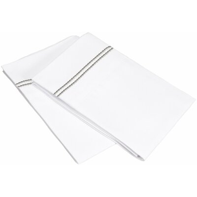 Garrick Pillowcase Size: Standard, Color: White/Gray