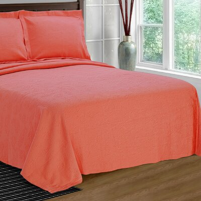 Benito Paisley Jacquard Matelasse Bedspread Size: Full, Color: Coral