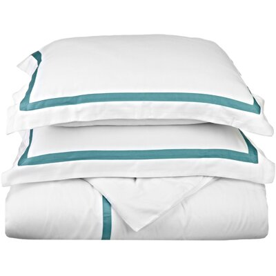 Hotel Reversible Duvet Cover Set Color: White / Turquoise, Size: King / California King