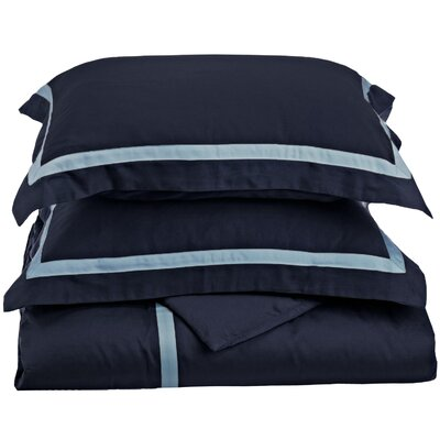 Hotel Reversible Duvet Cover Set Size: Full / Queen, Color: Navy