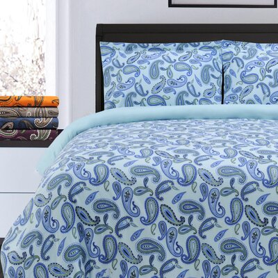 Pantoja Paisley and Solid Flannel Cotton Duvet Set Size: Full/Queen, Color: Light Blue Paisley